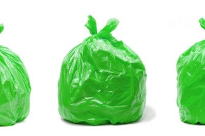 Sammeln Sie Plastikmüll für Ihr Kostüm