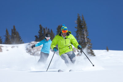 Skifahren bei jedem Wetter - auf die richtige Kleidung kommt es an.