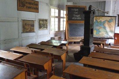 Lehrer und Schüler - beide können suspendiert werden