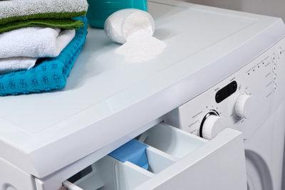 Damit der Wasserzufluss nicht verstopft, sollte die Waschmaschine regelmäßig gewartet werden.