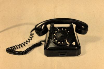 Telefonieren kann Freude bereiten.