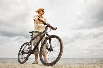 Ein Mountainbike wurde für das Gelände entwickelt.