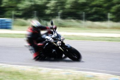 Die Angst vor der Kurve ist für viele Motorradliebhaber ein Grund aufzugeben.