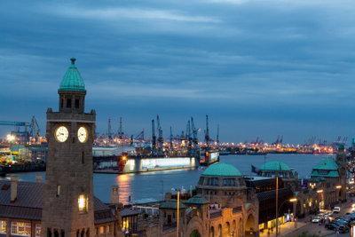 An Fasching Hamburg verkörpern.