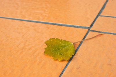 Auch auf Holzböden Fliesen verlegen