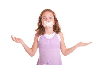 Herpes an der Lippe ist nicht nur lästig, sondern auch unschön.