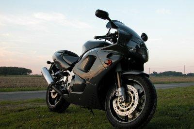 Beim Motorrad können Sie nicht zwischen verschiedenen Reifengrößen wählen.