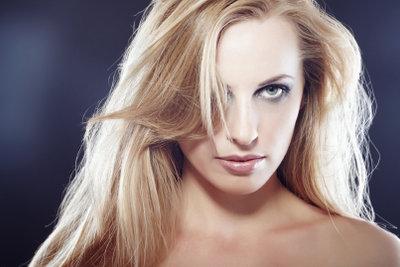 Der richtige Schnitt sorgt für schönes Haar.