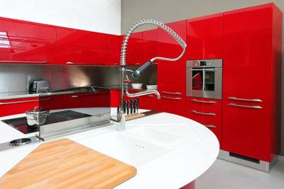 Richten Sie Ihre Küchenmöbel vernünftig aus.