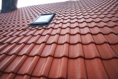 Ein Velux-Dachfenster können Sie leicht aushängen.