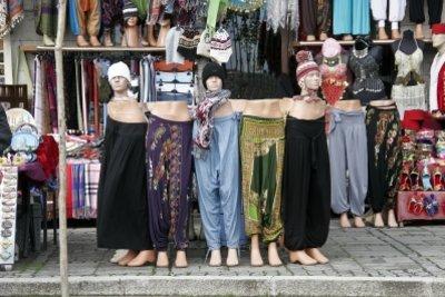 Bei Klamotten aus China sollten Sie vorsichtig sein.