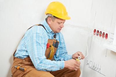 Elektroinstallationen vom Fachmann durchführen lassen.