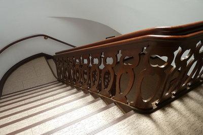Erstellen Sie einen Reinigungsplan für Ihr Treppenhaus.