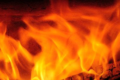 Schamottesteine müssen sehr hohe Temperaturen aushalten.