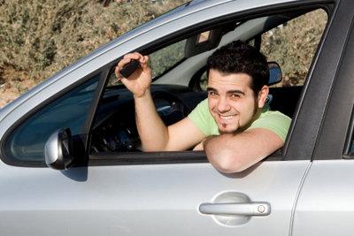 Der Schulterblick ermöglicht es, Unfälle zu vermeiden.