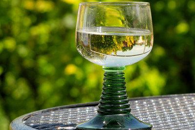 Nach dem Entkorken sollte Wein schnell getrunken werden.