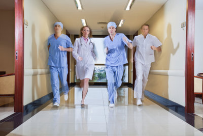 So können Sie im Krankenhaus arbeiten.