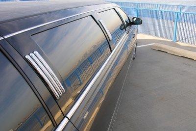Getönte Scheiben sorgen für Privatsphäre im Auto.