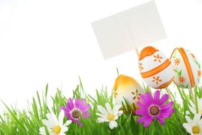 Gestalten Sie eine Frühlingswiese auf der Fensterbank.