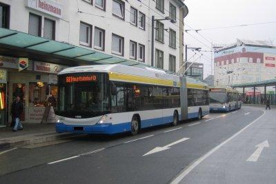 Nutzen Sie Busse und Bahnen in der Zeit ohne Fuhrerschein.