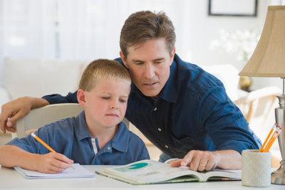 Hausaufgaben sind wichtig für Schulkinder.