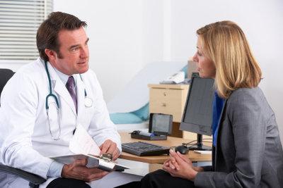 Ein Arzt muss sich an die Schweigepflicht halten.