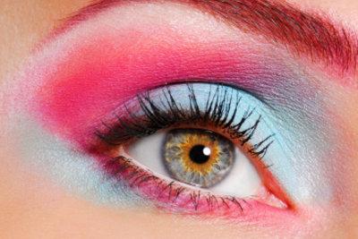 Ein perfektes Augen-Make-up ohne Patzer ist nicht ganz einfach.