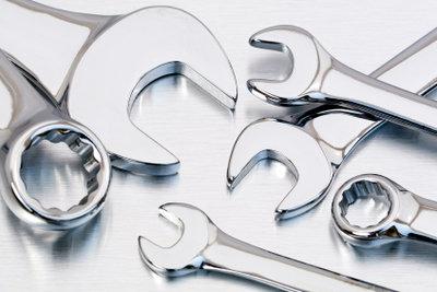 Vieles im Werkzeugkasten wurde mit Stanzwerkzeugen hergestellt.