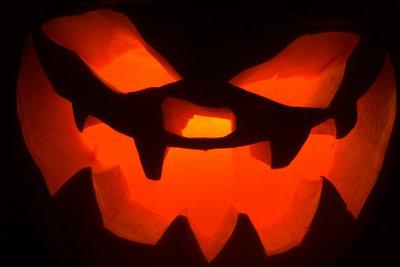 Kurze Halloween-Geschichten sollten spannend sein.