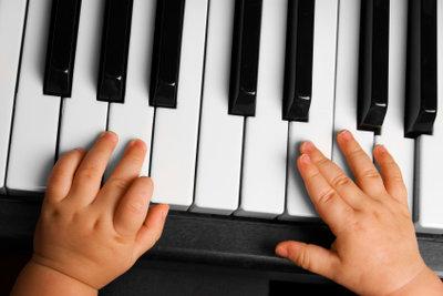Lieder fördern die Entwicklung Ihres Babys.