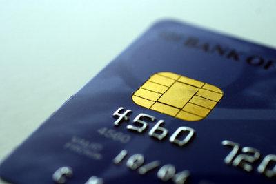 Eine Tankkarte ermöglicht das bargeldlose Bezahlen an Tankstellen.