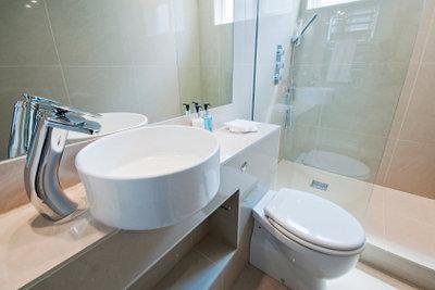 Mit dem Lotuseffektspray das Bad auf Vordermann bringen!