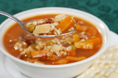 Rollgerste ist eine beliebte Suppeneinlage.