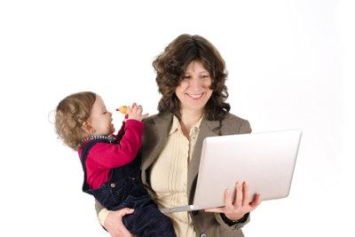 Frauen wollen beides: Familie und Job
