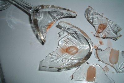 Vorsicht - Glasfasern sind Mikro-Glasscherben.