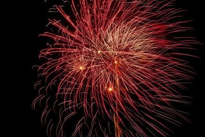 In großen Städten wird Silvester-Feuerwerk in Norwegen organisiert.