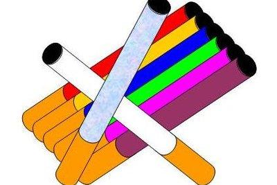 Gestalten Sie sich farbige Zigaretten.