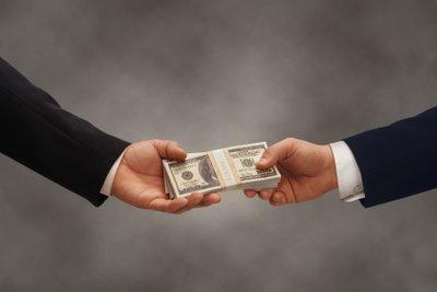 Halten Sie wichtige Vertragsbestandteile in Ihrem Darlehensvertrag fest.