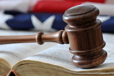Nach dem Studium das Recht ausüben.