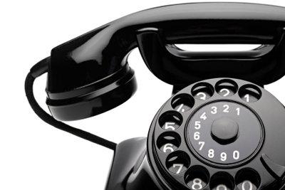 Anhand der Telefonnummer können Sie oft auch die Adresse herausfinden.