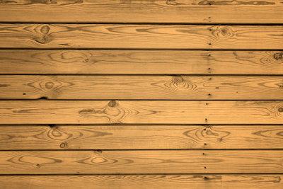 Das richtige Holz ist ausschlaggebend für eine lange Haltbarkeit.