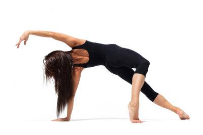 Fit im Alter, dabei hilft regelmäßiges Training.