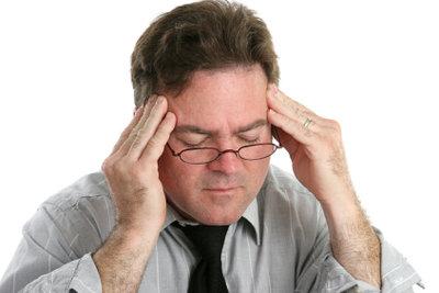 Eine Massage lindert Verspannungskopfschmerzen.