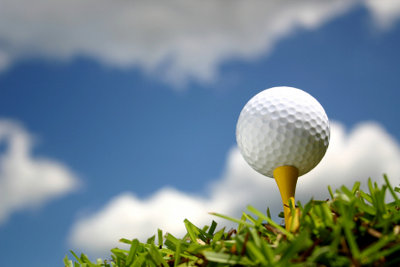 An der Wii können Sie auch golfen.