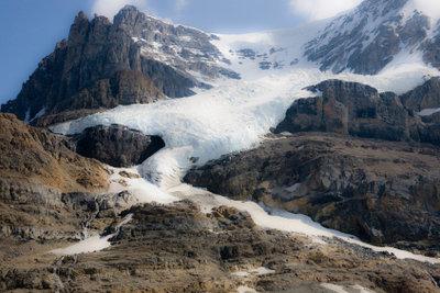 Ein Gletscher ist eine wandernde Eismasse.