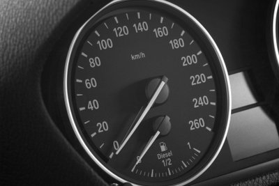 BMW stellt seit fast 100 Jahren Autos her.