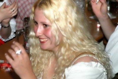 Haar blondieren schwarzes Gummihaare nach