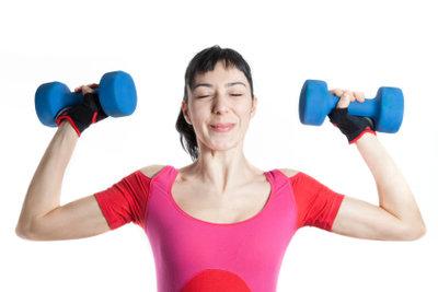 So trainieren Sie Ihre Schultern zu Hause.