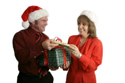 Lustige Geschenke sollen für Freude sorgen.