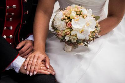 Hochzeitstexte für das Brautpaar sollten gut geschrieben sein.